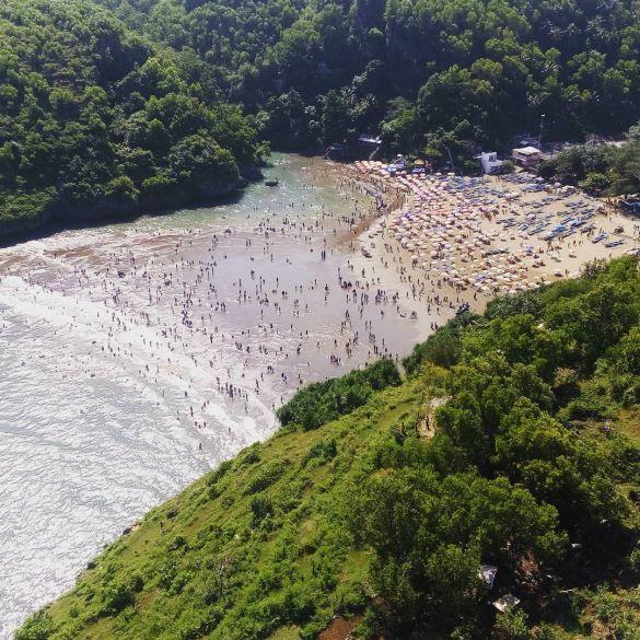 Pantai Baron Yogyakarta