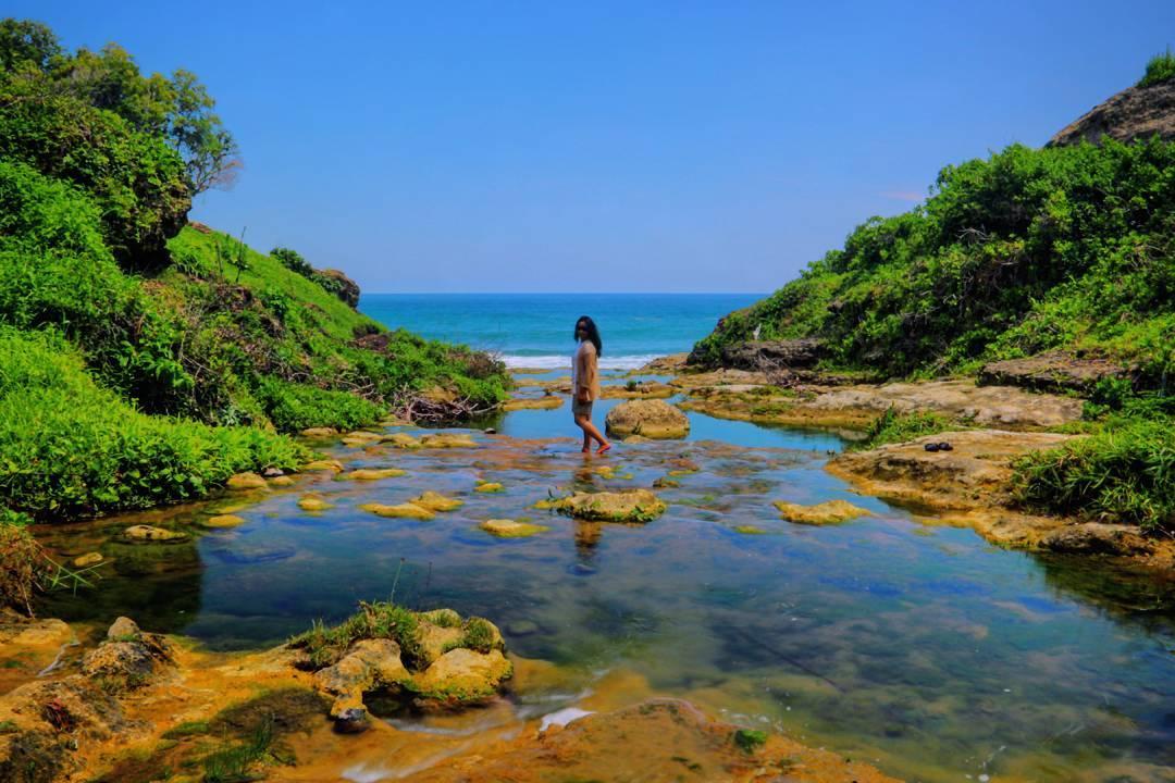 Pantai Ngandul Pacitan