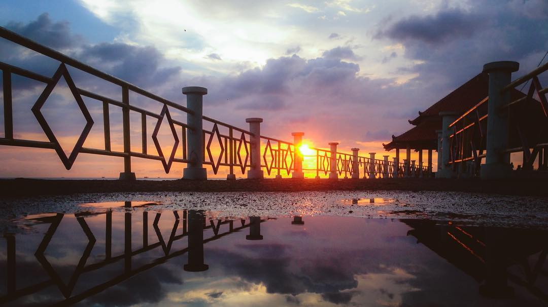 Sunset pantai kartini