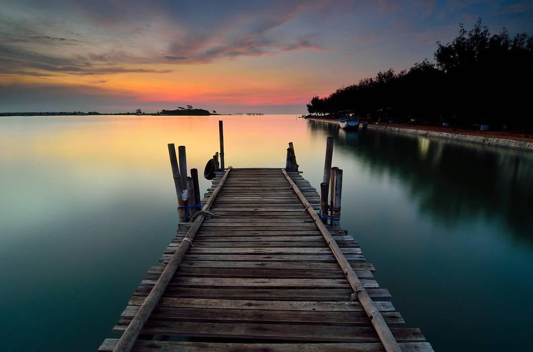 Sunset pantai marina
