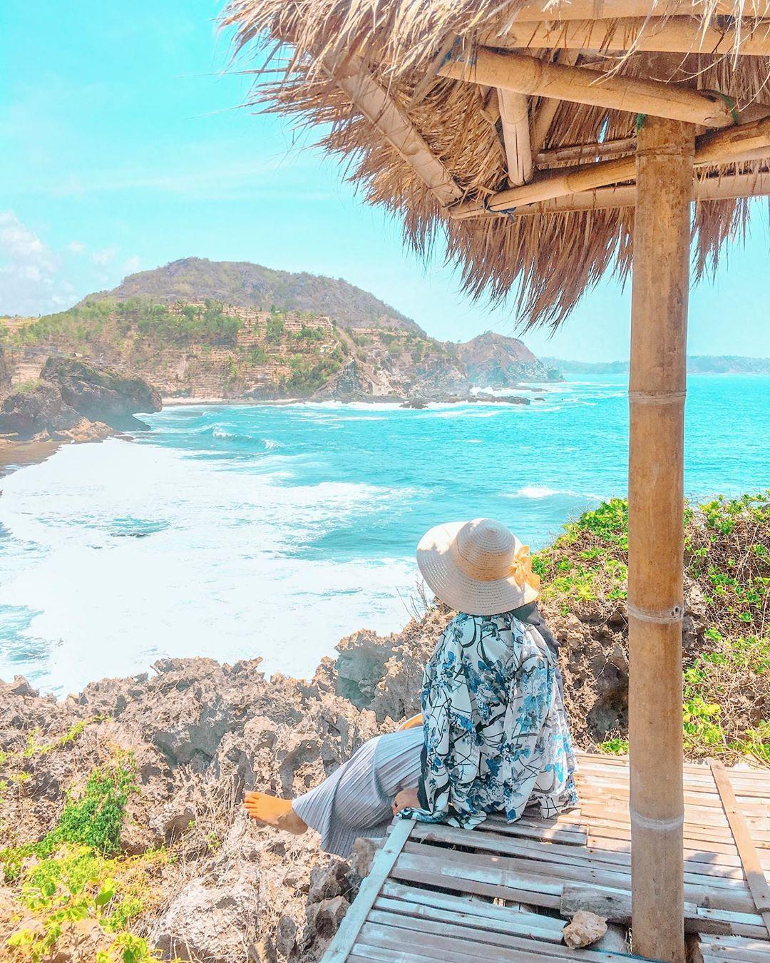 tempat foto pantai siung