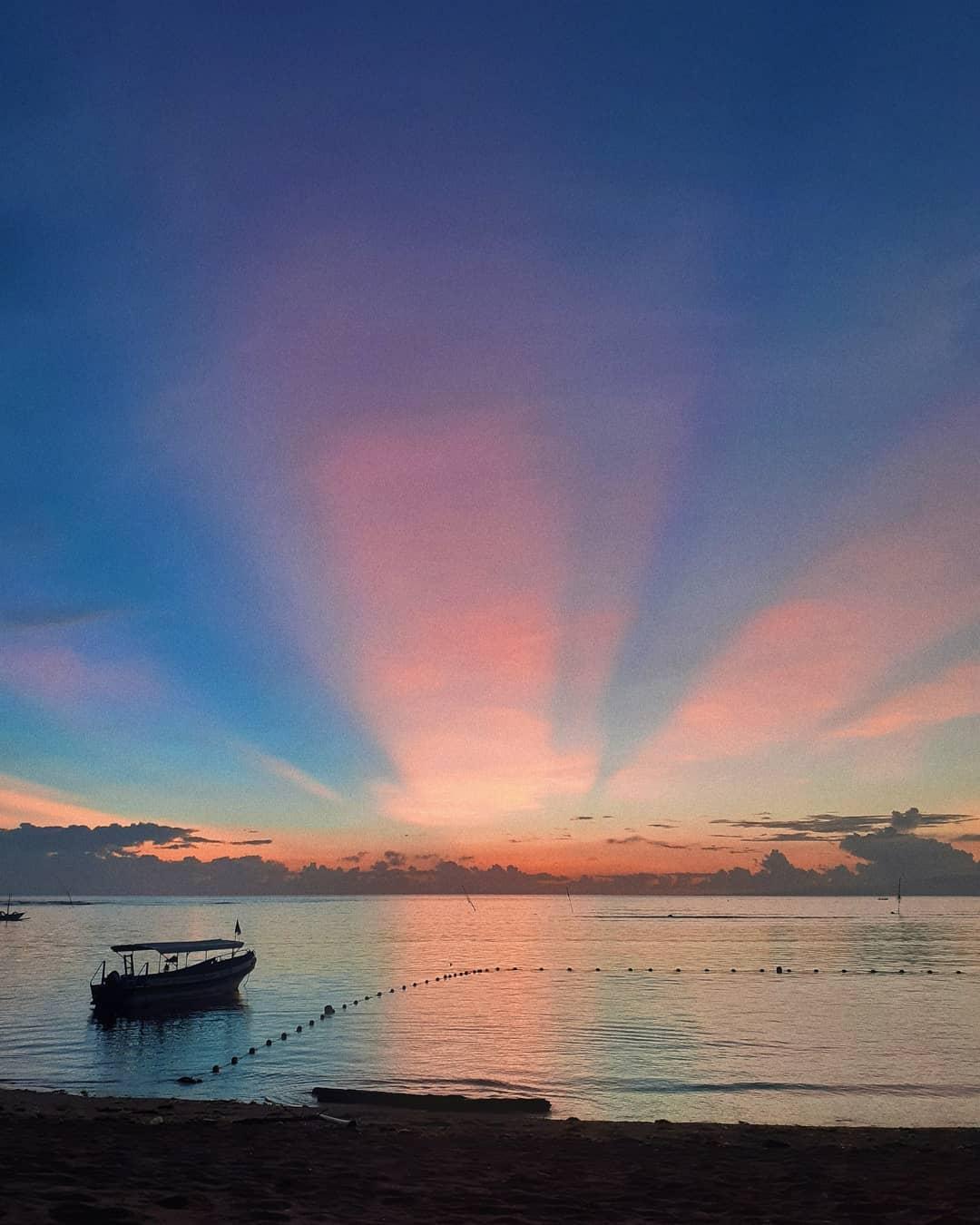 Sunrise pantai sanur