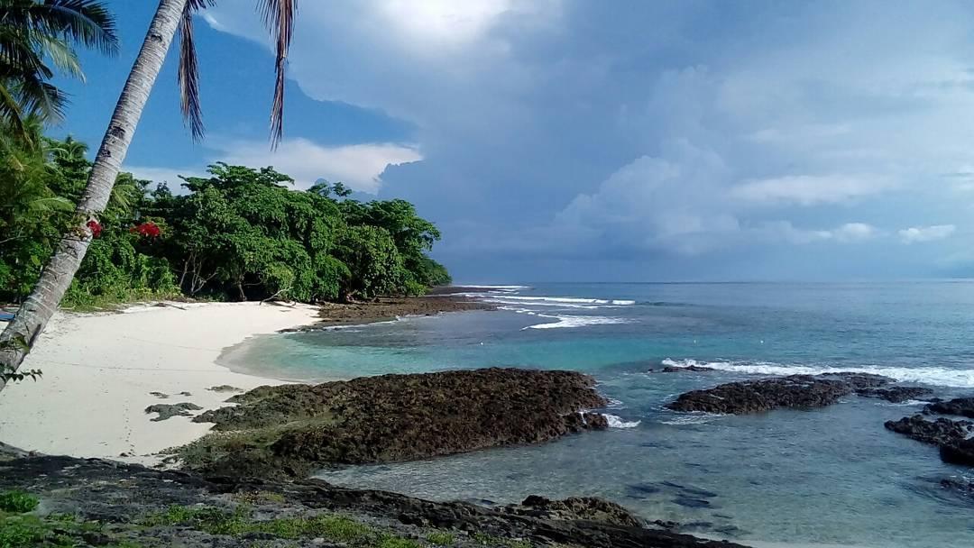 Pantai bakaro manokwari