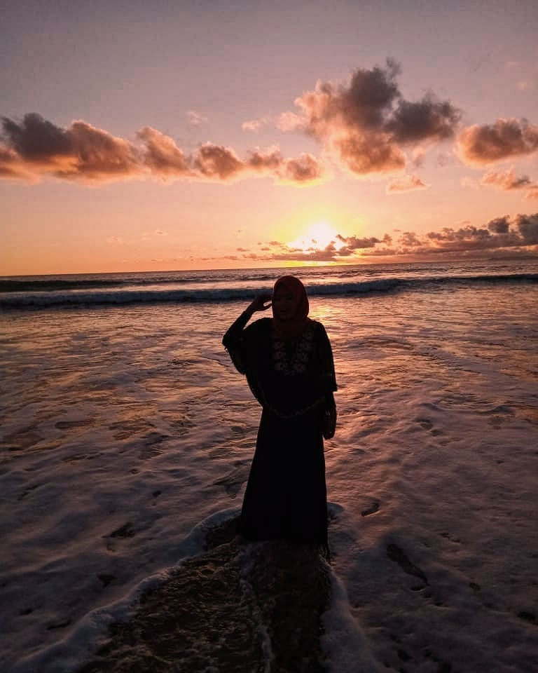 Sunset pantai serang blitar