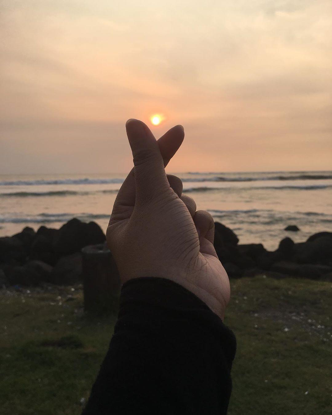 Sunset di pantai marina anyer
