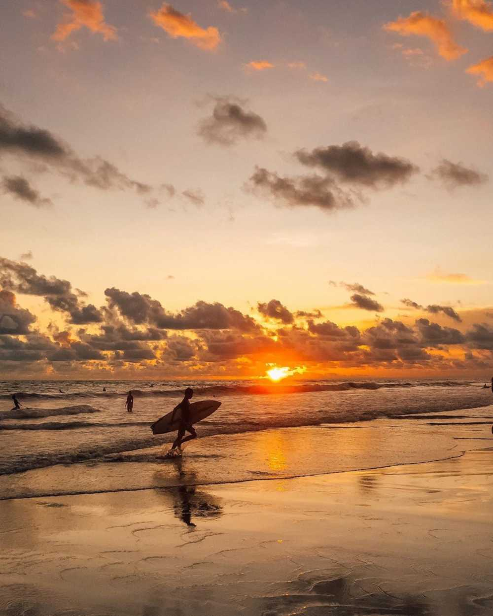 Sunset pantai echo
