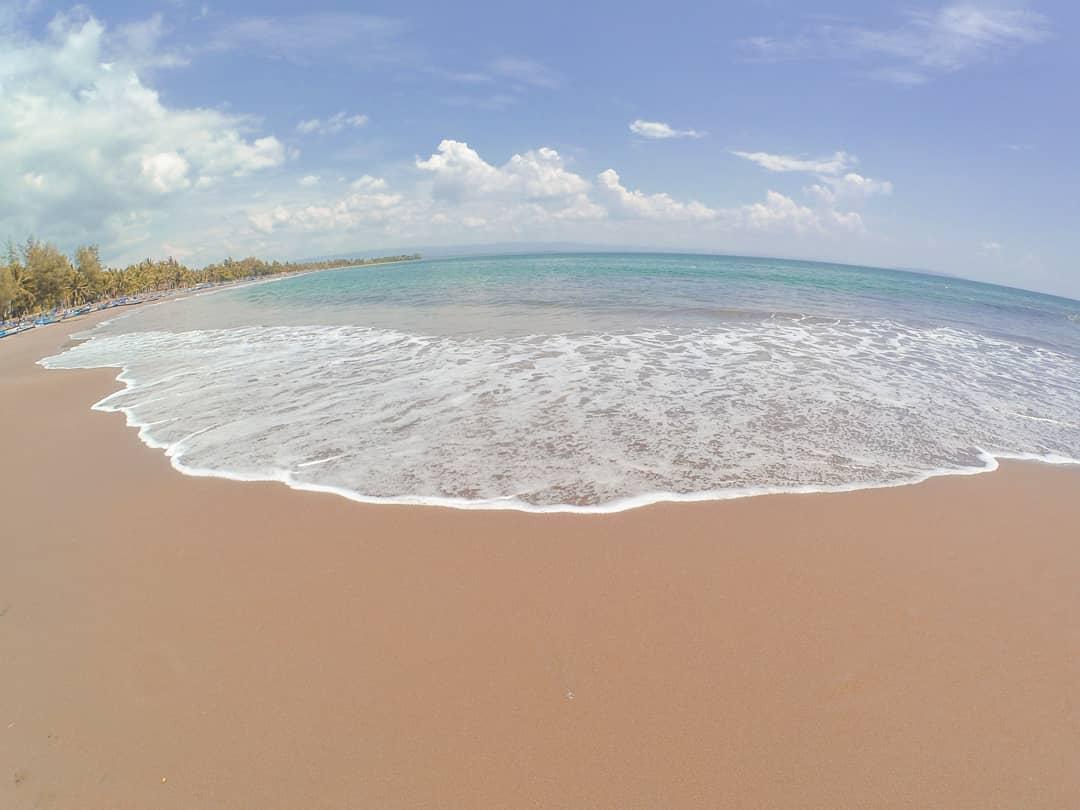 Foto pantai batu karas