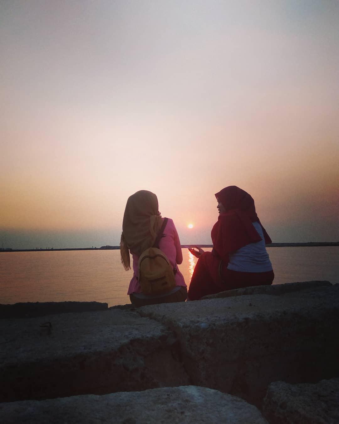 Sunset pantai sendang sikucing