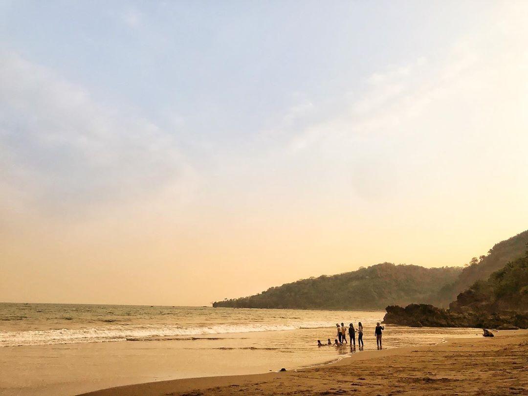 Foto pantai cibangban