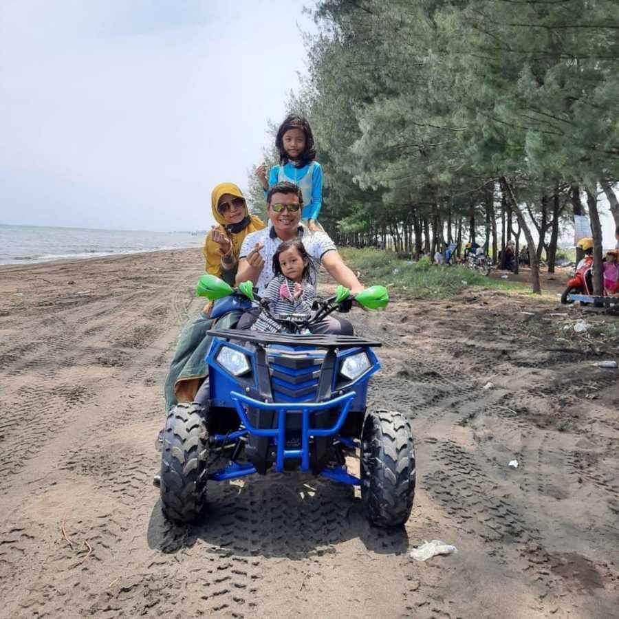 ATV di pantai jodo